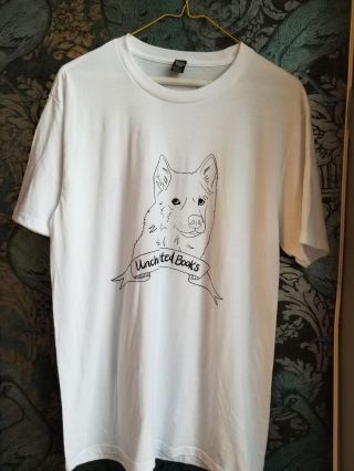 Uncharted Books T-Shirt (M). UNCHARTED BOOKS